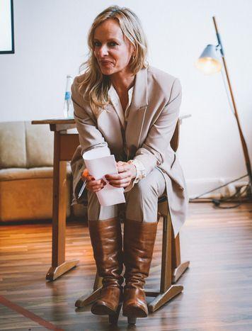 Bettina Rust moderierte den Jurytag und auch den Podcast zum Wettbewerb. Foto: Brian Jakubowski
