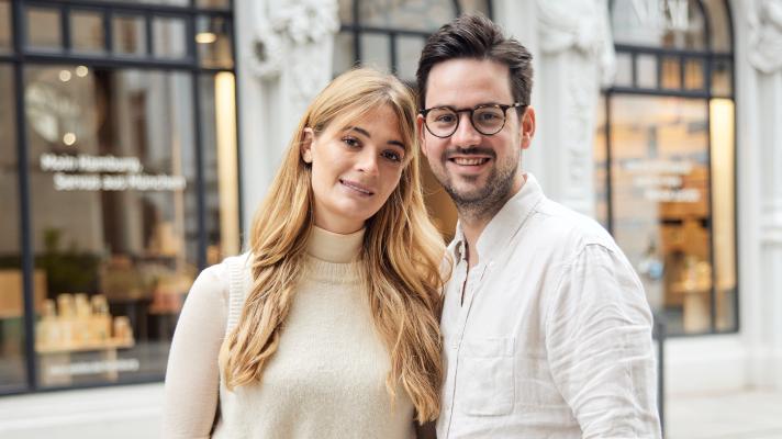 Mareike Peters und Alexander Hefele von NKM
