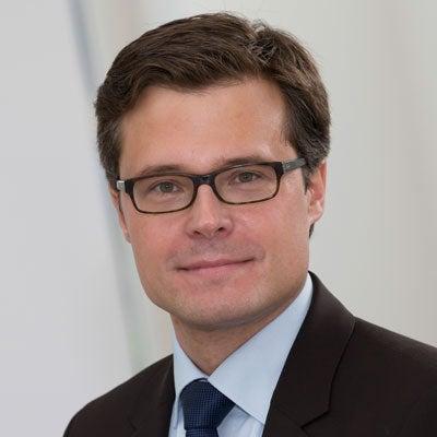 Dr. Björn Nill