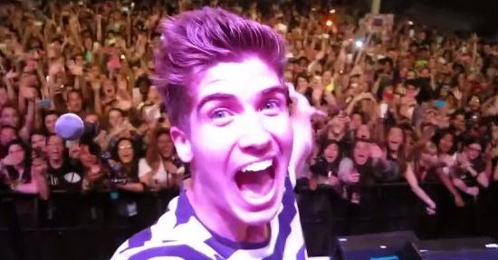 (Foto: Joey Graceffa beim Digifest NYC / Youtube